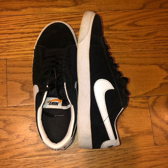 Nike Shoes   Classic Suede Sneakers